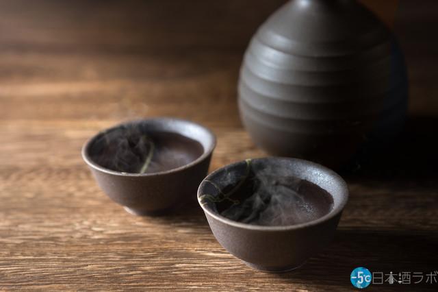 日本酒の熱燗の魅力を解説!熱燗にオススメの日本酒5選も紹介