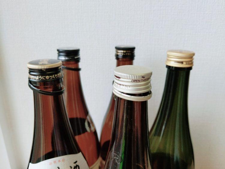 開栓した日本酒の瓶