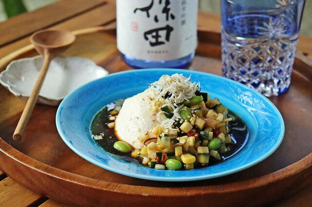 【KUBOTAYA】日本酒をもっと楽しむおつまみレシピ しらすと夏野菜マリネのせ冷奴