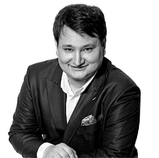 【Joël Robuchonオリジナル日本酒】発売! ミシュラン最多星数を誇る、ジョエル・ロブション氏の名を冠した「フレンチに合う」日本酒