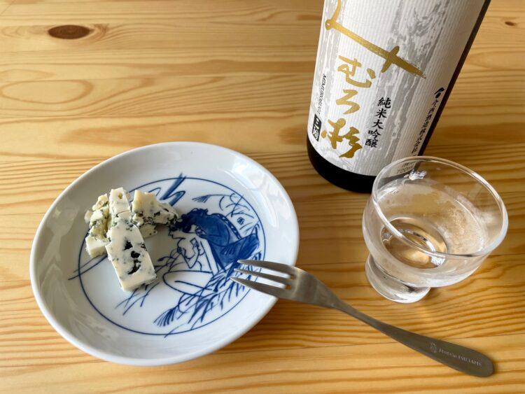 日本酒とブルーチーズ